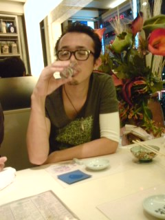 ある休日(すし鮮にて酒を飲む…)